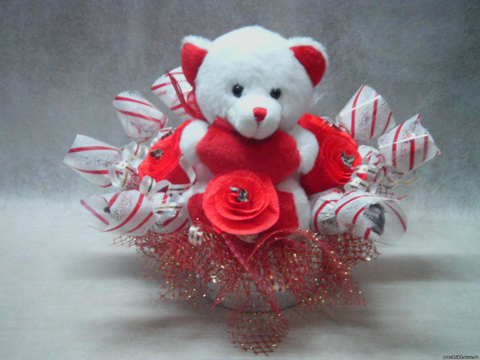 Фото букетов цветов с мишками